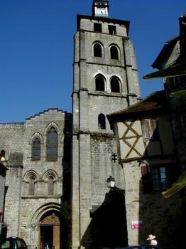 Abbatiale Saint-Pierre de Beaulieu-sur-Dordogne.Façade ouest et tour