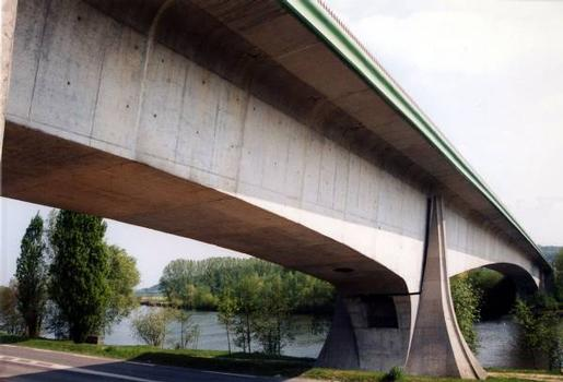 Pont de Beaumont-sur-Oise