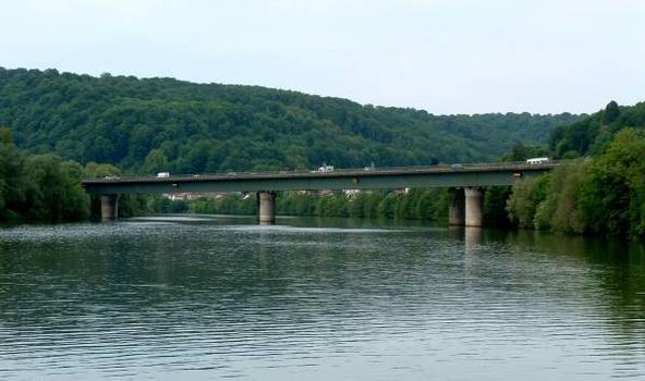 Autoroute A31 Viaduc de Belleville sur la Moselle.