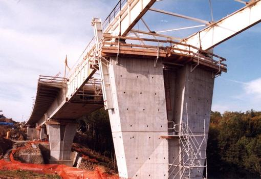 Bergères-Viadukt – Taktschieben des überbaus