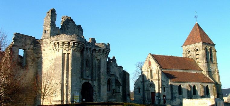 Burg & Kirche in Berzy-le-Sec