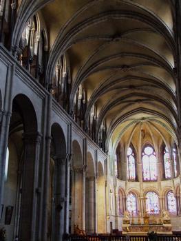 Beasançon - Cathédrale Saint-Jean - Nef et choeur occidental