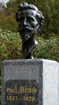 Paul Bodin: Statue mise en place sur le site du Viaduc du Viaur pour le centenaire de sa mise en service