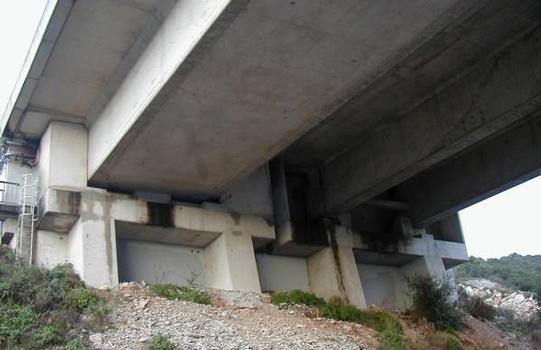 Autoroute A8: Viaduc de Borriglione. Culée