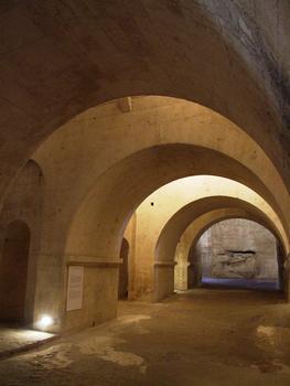 Abbaye de Montmajour - Eglise basse - Galerie sous le transept