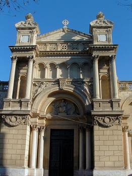 Aix-en-Provence - Eglise de la Madeleine - La façade construite par l'architecte aixois Henri Revoil de 1855 à 1860