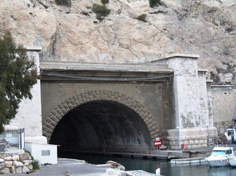 Rove-Tunnel