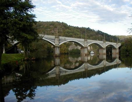 Cahors Railroad Bridge.