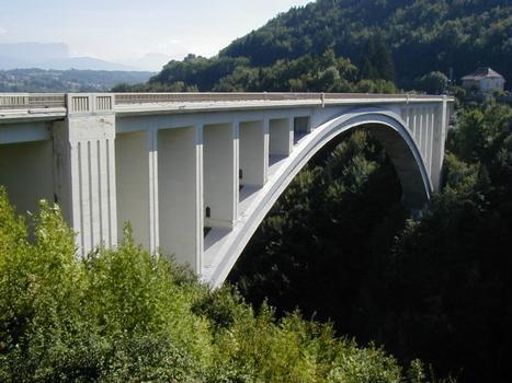 Pont de la Caille sur le vallon des Usses