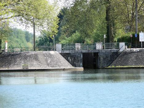 Canal de Berry à Vierzon - Ecluse