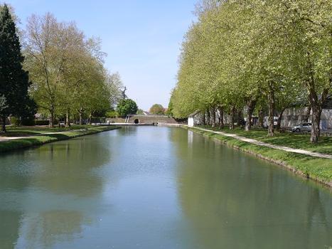 Canal de Berry à Mehun-sur-Yèvre