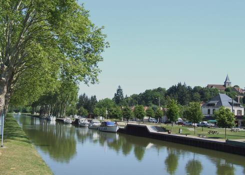Briare-Kanal in Rogny-les-Sept-Ecluses