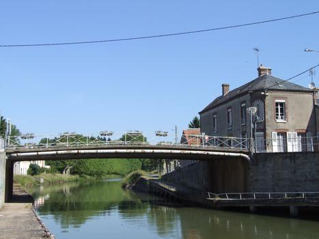 Briare-Kanal in Châtillon-Coligny