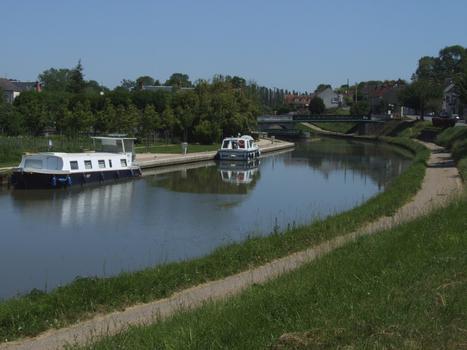 Briare-Kanal in Ouzouer-sur-Trézée