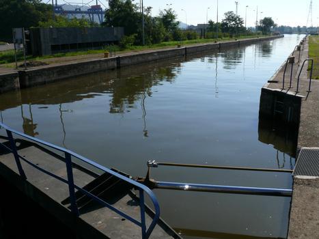 Canal de l'Est - Schleuse Neuves-Maisons