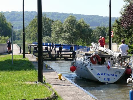 Kanalbrücke Flavigny