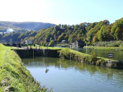 Revin - Canal de l'Est - Schleuse Nr. 49