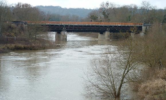 Canal de l'Oise à l'AisnePont-canal sur l'Aisne à Bourg-et-Comin