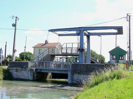 Canal de la Marne au Rhin - Pont-levis de Mussey