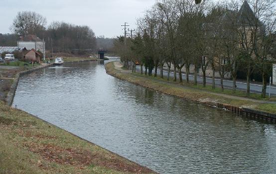 Canal des Ardennes, Rethel