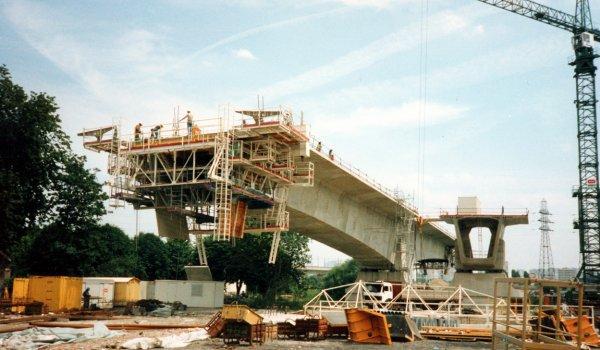 Pont de Carrières-sur-Seine