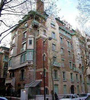 Castel Béranger, 14 rue La Fontaine, Paris, par Hector Guimard