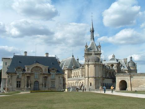 Chantilly - Small Castle