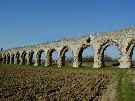 Aqueduc du Gier, Chaponost.Arches du Plat-de-l'Air