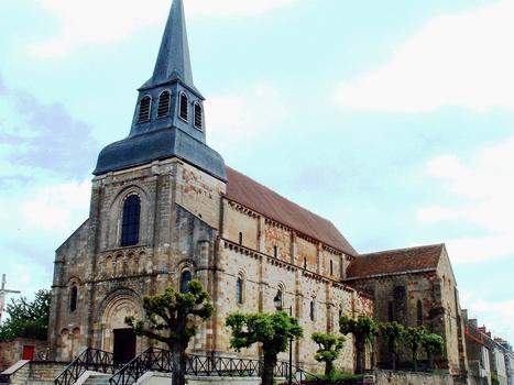 Châteaumeillant - Eglise Saint-Genès - Ensemble