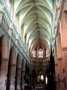 Notre-Dame-des-Enfants Basilica, Châteauneuf-sur-Cher