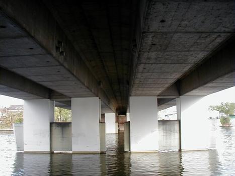 Pont de Choisy-le-Roi. Pile et sous-face du tablier