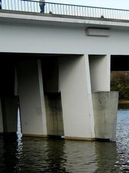 Pont de Choisy-le-Roi. Pile