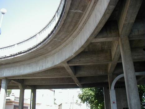 Pont de Clairac sur le Lot.Tablier en rive droite