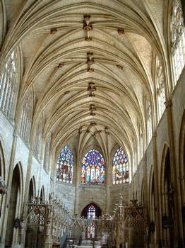 Cathédrale Saint-Pierre, Condom.Nef
