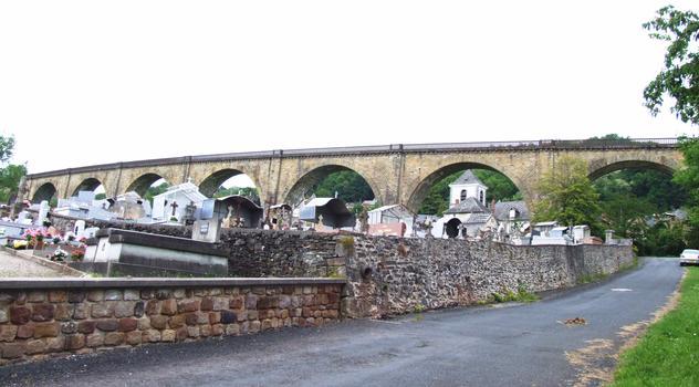 Eisenbahnviaukt Vignols
