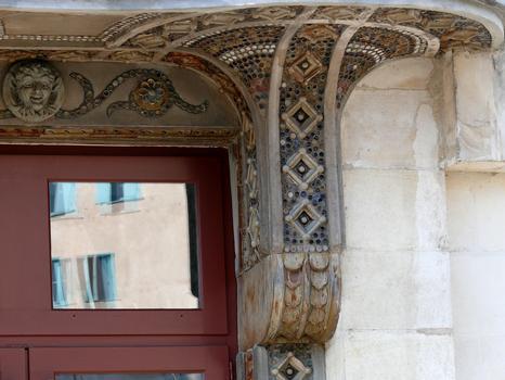 Tulle - Théâtre municipal - Décoration du balcon