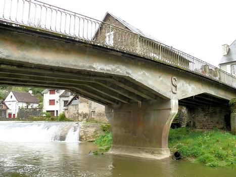 Ségur-le-Château - Pont Saint-Laurent