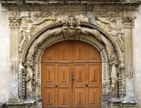 Hôpital de Melle - Porte de la chapelle ancien jubé du couvent de Puyberland - Détail