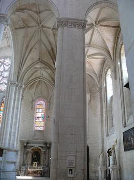 Saint-Maixent-l'Ecole - Eglise Saint-Maixent (ancienne abbaye) - Chapelles donnant sur le bras sud du transept