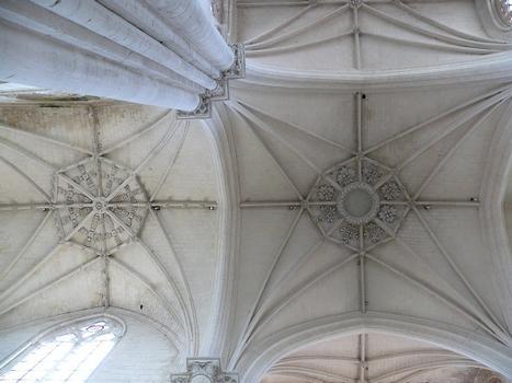 Saint-Maixent-l'Ecole - Eglise Saint-Maixent (ancienne abbaye) - Croisée du transept