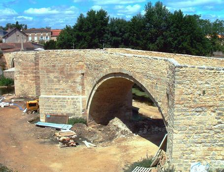 Saint-Généroux - Vieux pont