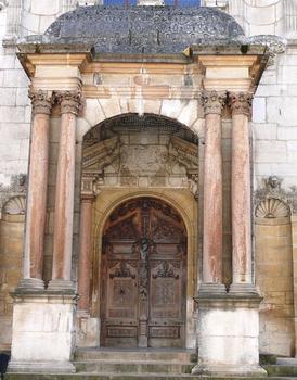 Dijon - Palais de Justice (Parlement de Dijon) - L'entrée construite par Hugues sambin