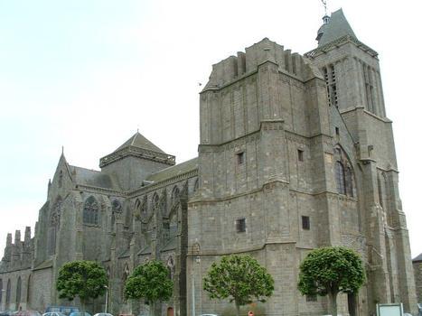 Cathédrale Saint-Samson, Dol-de-Bretagne.Vue d'ensemble