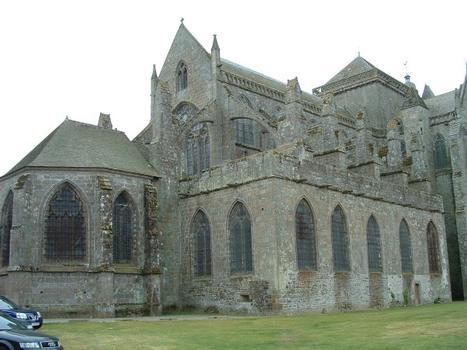 Cathédrale Saint-Samson, Dol-de-Bretagne.Chevet et chapelle Saint-Samson