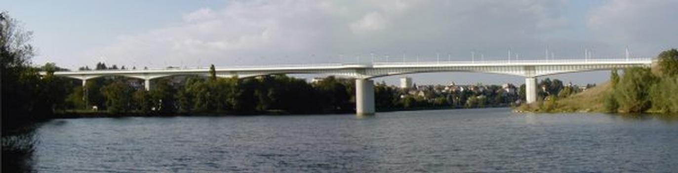 Pont de la Corniche in Dole.