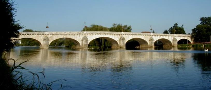 Grand Pont at Dole.