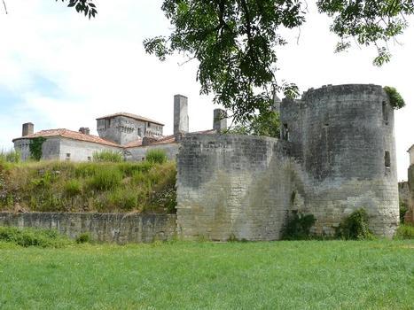 Château de Mareuil - Entrée