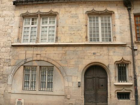 131 Grande-Rue