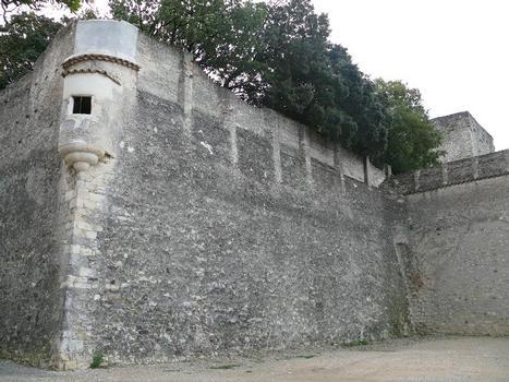Montélimar - Château des Adhémar - Porte Bastion de la hauteur (16ème siècle) - Echauguette : Montélimar - Château des Adhémar - Porte Bastion de la hauteur (16 ème siècle) - Echauguette