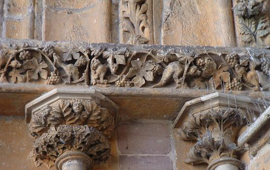 Epinal - Basilique Saint-Maurice - Portail - Détail de la décoration